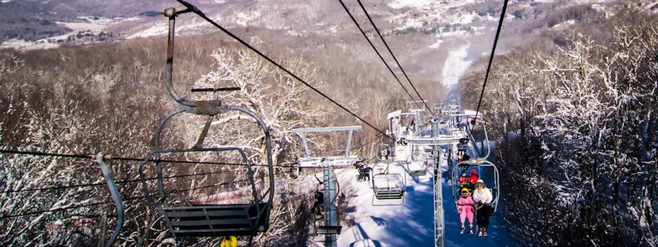 Gletscher Skifahren in Österreich: nicht nur im Sommer ein Vergnügen für Skihaserln