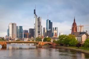 Die Skyline von Frankfurt am Main- ist Sinnbild des Rhein-Main-Gebiets