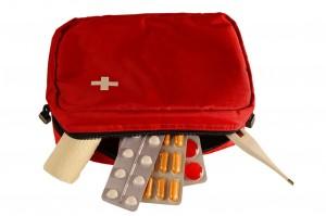 Checkliste reiseapotheke: Verbandmaterial, Kopfschmerztabletten, Fieberthermometer – und was noch? (#1)