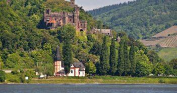 Burg Reichenstein am Mittelrhein: Stolze Gemäuer inmitten idyllischer Rheinromantik