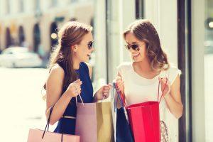 Die Mädels machen sicher nicht nur Bildung sondern auch shoppen ist ein muss bei einer Städtereise