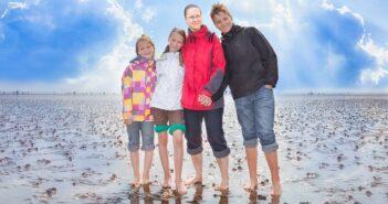 Wattwanderung an der Nordsee: Eines von vielen Dingen die man an der Ostsee unternehmen kann