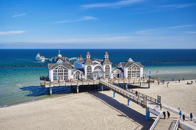 Für einen Kurzurlaub mit Kindern lohnt sich ein Ausflug nach Stralsund ins Ozeaneum. Hier ist auch Rügen nicht weit entfernt. (#01)