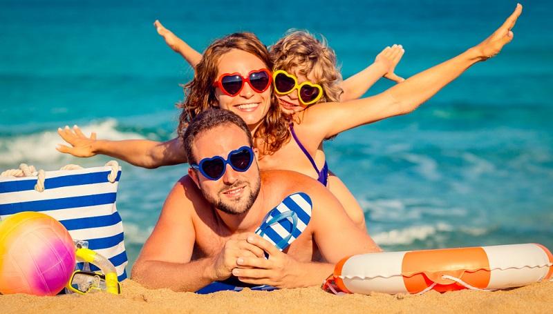 Wenn man einen Urlaub mit der Familie plant, sind die dynamischen Veranstalter meistens günstiger. (#03)