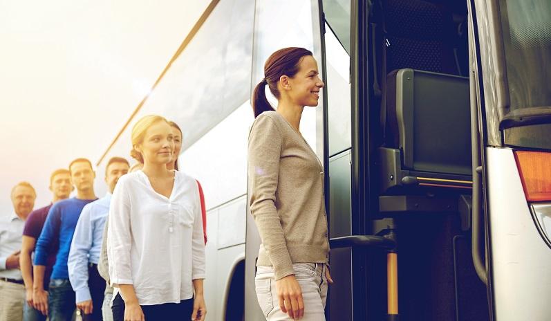 Oft werden Busreisen als Pauschalreisen angeboten und können daher mit allem Drum und Dran in Anspruch genommen werden. (#01)