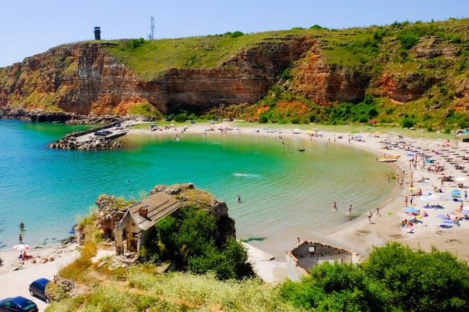 Überzeugen kann auch Bulgarien als besonders schönes Reiseziel im Oktober. Hier kann man zu der Jahreszeit noch warme und sonnige Stunden am Strand erleben, wie wäre ein Besuch der Badebucht Kap Kaliakra? (#2)