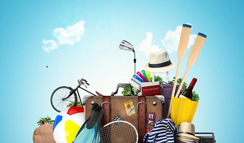 Campingausrüstung Liste: Bei dieser Packliste ist man kleidungstechnisch schon mal auf alle Wetterlagen vorbereitet. (#02)