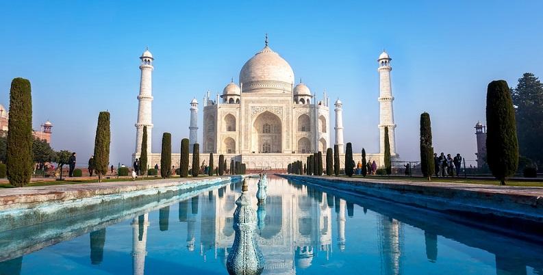Wenn Sie nach Indien reisen, weil Sie dort Ihren Urlaub verbringen wollen, brauchen Sie ein Visum für Touristen. (#02)