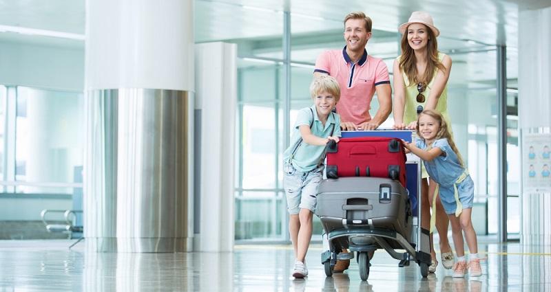 Vergleichen Sie die Angebote mehrerer Flughäfen und beziehen Sie auch die Rail & Fly Angebote mit ein. (#03)