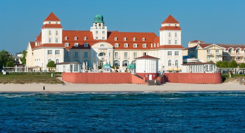 Binz: Den fünften Platz nimmt wieder ein Ostseestrand ein. Dabei handelt es sich um den Strand in der Ortschaft Binz auf der Insel Rügen. Die Kosten belaufen sich hier auf 18,73 Euro pro Tag. (#04)