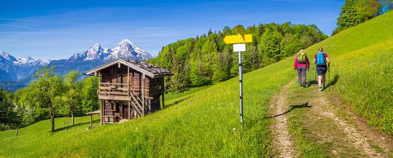 Das Angebot an unterschiedlichen Wanderwegen ist riesig. Wer eine Wanderung plant, sollte jedoch immer darauf achten, eine passende Route auszuwählen. (#01)