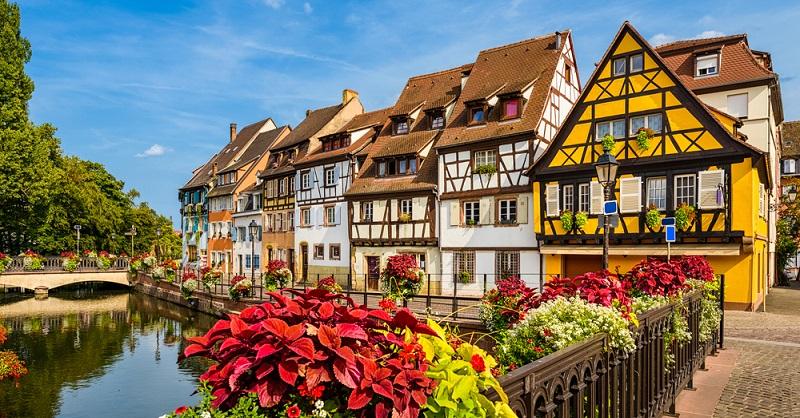Schon in der Antike wurden Gebäude im Fachwerkstil errichtet und bis weit ins 19. Jahrhundert hinein war dies in ganz Mitteleuropa die vorherrschende Bauweise. (#01)