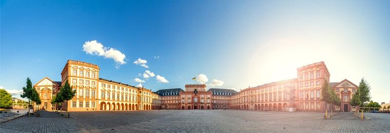 Eine wirkliche Universitätsstadt ist Mannheim eigentlich nicht angesichts der Verteilung von 9.500 Studenten zu 325.000 Einwohnern.