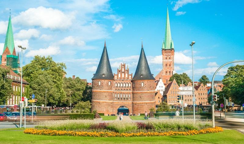 Die Stadt Lübeck wiederum ist eine ruhige kleine Stadt im Norden.