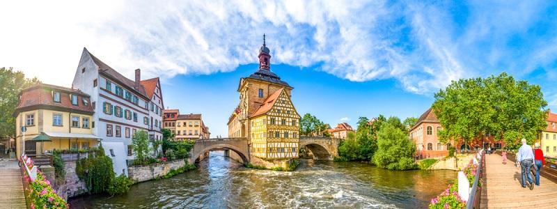 Bamberg ist ein kleines Städtchen in Bayern, das allemal einen Besuch wert ist.