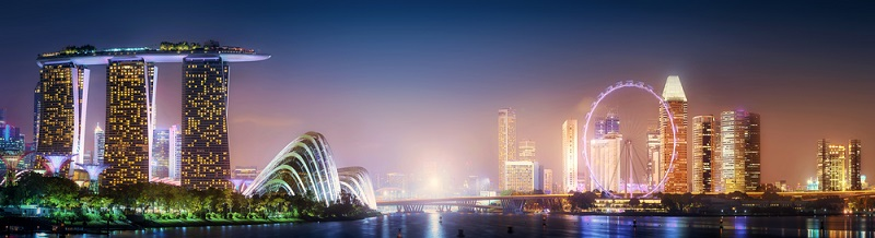 Die Finanzstadt und Wirtschaftsmetropole besticht durch die moderne Architektur und ihre Perfektion. Ideal für einen Stadturlaub mit schon etwas größeren Kindern.