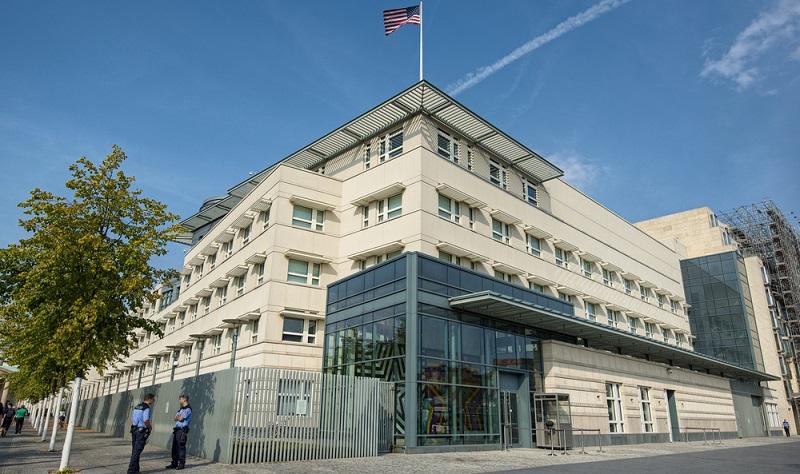 Dennoch ist es wichtig, sich gut über die Einreisebestimmungen zu informieren. Dazu können Sie die Homepage der amerikanischen Botschaft aufsuchen.
