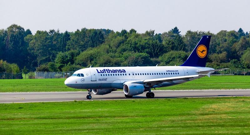 Die Lufthansa CityLine ist Tochter der Deutschen Lufthansa und auf Kurz- und Regionalstrecken spezialisiert.