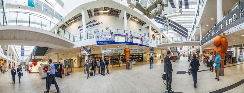 Der Bremer Airport verfügt über drei Terminals und zwei Parkhäuser.