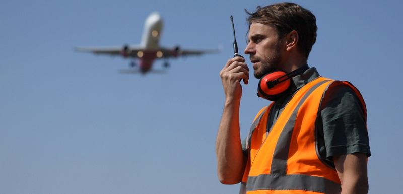 Der Trend hin zu Flugreisen ist ungebrochen. Statistisch betrachtet unternimmt jeder zweite Weltbürger pro Jahr mindestens eine Flugreise.