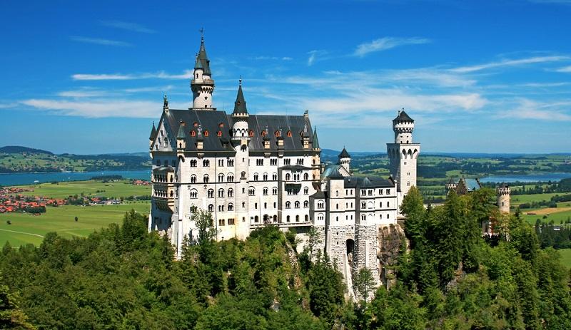 Wer Geschichte liebt, muss gar nicht weit reisen, um auf den Spuren der Vergangenheit zu wandeln.