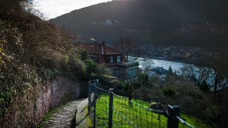 Der Philosophenweg gehört zu den Naturschönheiten in Heidelberg.