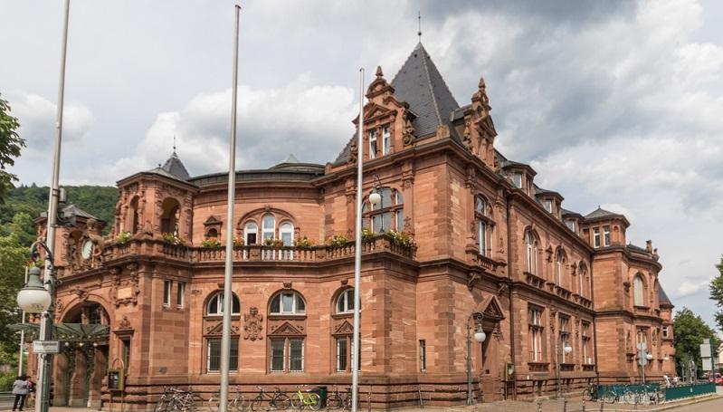 Die altehrwürdige Ruprecht-Karls-Universität ist die älteste Universität Deutschlands und wurde 1386 gegründet.