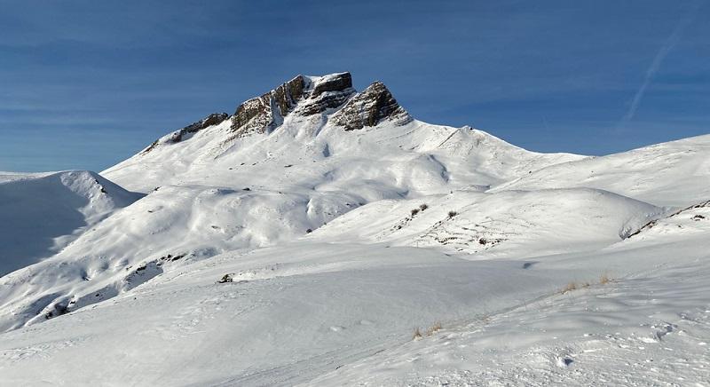 In Vorarlberg finden wir die sehr schneesicheren Skigebiete Damüls-Mellau und Faschina. ( Foto: Shutterstock-0711max )